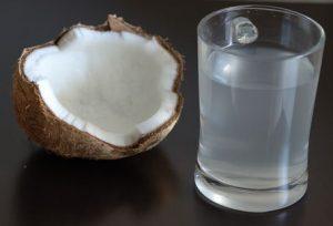 Fresh_coconut_water